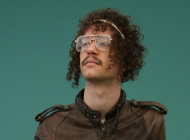 Darwin Deez – dna (official video)